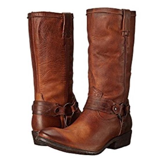 FRYE Womens Carson Harness Boot